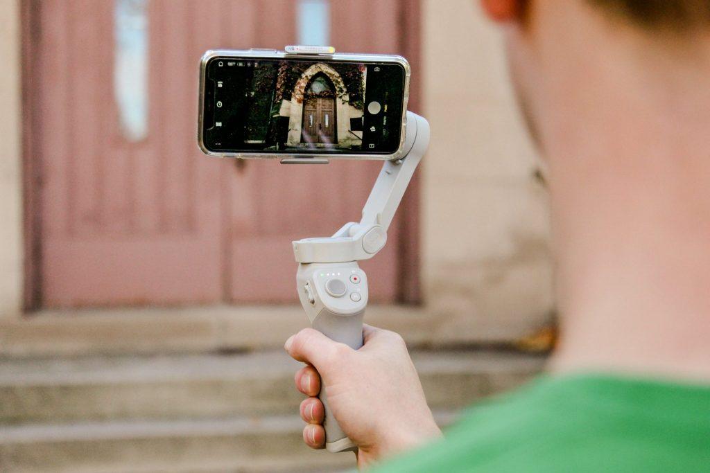 estabilizador de imagem para gravar vídeos com o smartphone